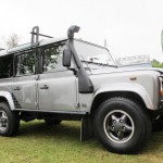 02_land-rover-defender-masai-windows