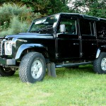 03_land-rover-defender-masai-windows
