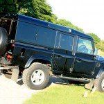 03b_land-rover-defender-masai-windows