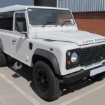 06_land-rover-defender-masai-windows