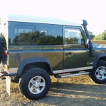 18_land-rover-defender-masai-windows