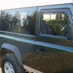 20_land-rover-defender-masai-windows