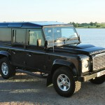 22_land-rover-defender-masai-windows