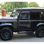 26_land-rover-defender-masai-windows
