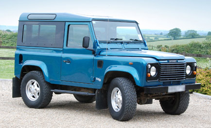 Alan-Wiseman--Land-Rover-Defender